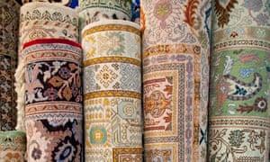 Interface carpets