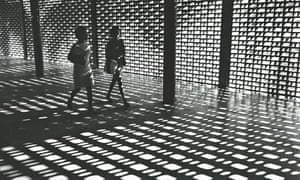 Paulo Gasparini, Caracas and its Architecture, 1967 (Urbes Mutantes)