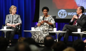 Former US Secretary of State Hillary Clinton (L), UN Women executive director Phumzile Mlambo-Ngcuka and World Bank Group President Jim Yong-kim (R) at an event on empowering woman at the World Bank in Washington in May 2014.