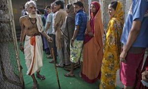 Indian Elections voters in line