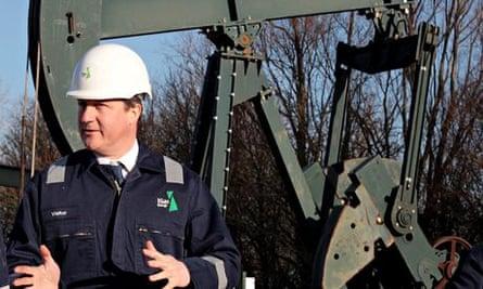Cameron visits shale drilling plant