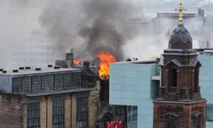 Flames on the Charles Rennie Mackintosh building.