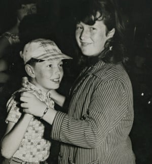 Linda Edwards - sister of Alan Johnson