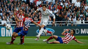 Champions League..: Real Madrid's Bale shoots
