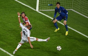 Champions League-: Real Madrid's French forward Karim Benze