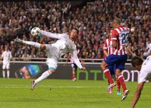 Champions League-: Cristiano Ronaldo,  Miranda