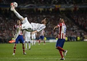 football--: TOPSHOTS Real Madrid's defender Sergio R