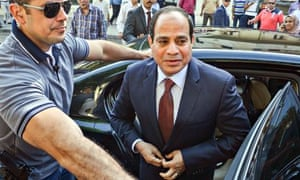 Abdel Fatah al-Sisi at Cairo polling station to cast his vote in the Egyptian presidential election