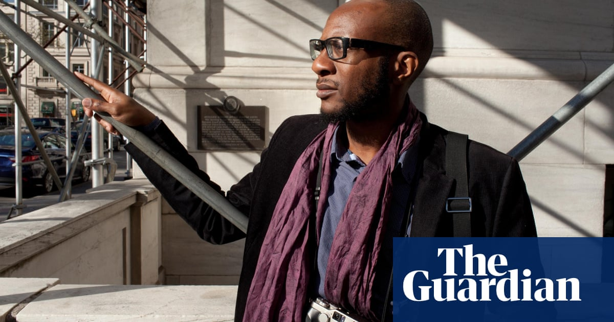 71b11713f 10 authors who are brilliant at Twitter | Books | The Guardian