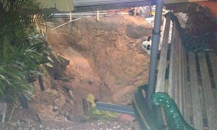 Sink hole opens up in Swansea Street