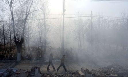 Live Better: Plasticland - China burning plastic