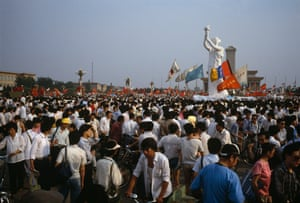 Demonstrators gather at the Goddess of Democracy statue, 30 May.
