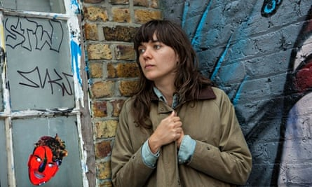 Courtney Barnett, photographed in Shoreditch, east London by Antonio Olmos for the Observer.