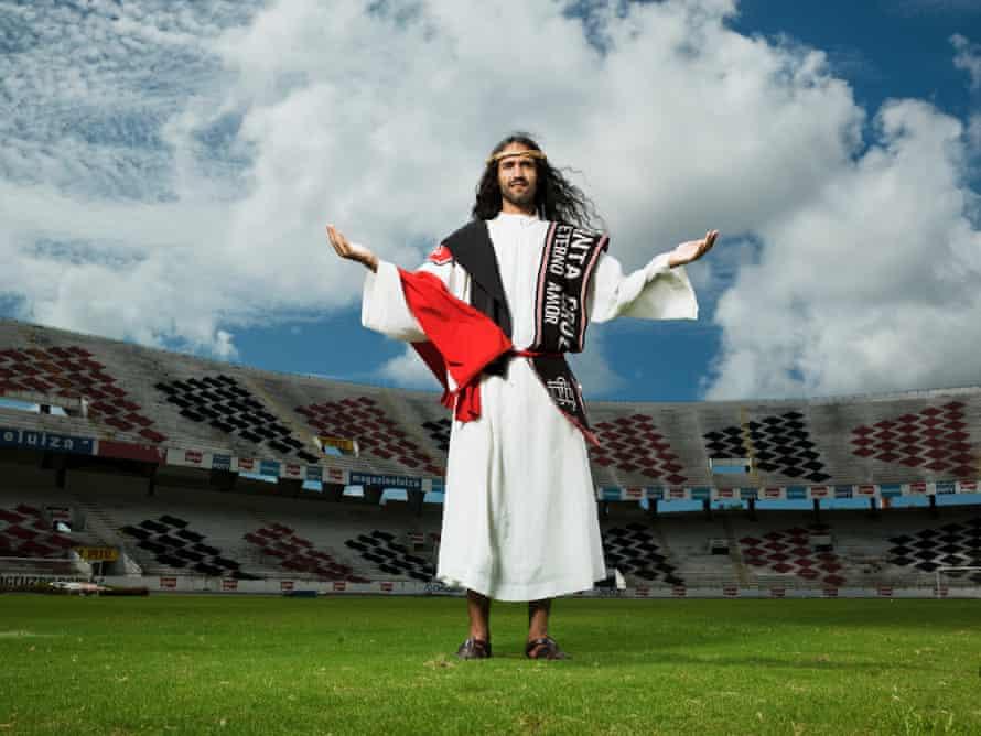 Pedro Luna, Santa Cruz fan known as Tricolor Jesus, Recife