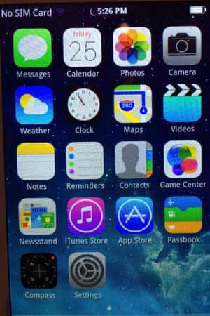 The Home Screen on the AOSP fake iPhone. The icons are all excellent copies - though the font is too heavy, and the clock doesn't agree with the time shown in the menu bar.