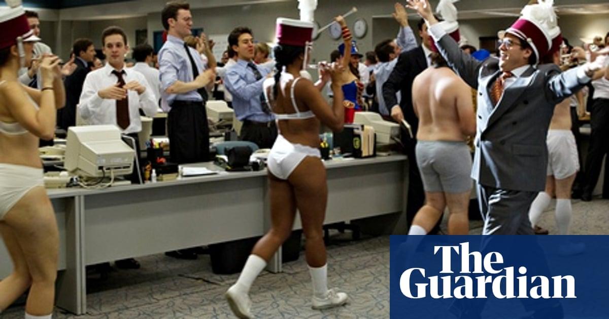 Wallstreet sex scene wolf of Margot Robbie