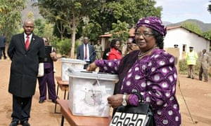 Malawi's president Joyce Banda casts her vote