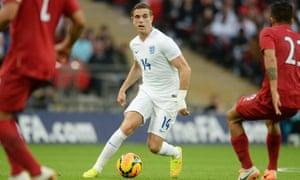 Jordan Henderson on the ball, England v Peru.