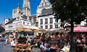 'Well-heeled': street cafes in Groenplaats, Antwerp