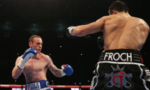 George Groves and Carl Froch size each other up in a tentative first round.