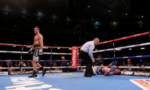 Carl Froch ends the fight with a stunning eighth round knockout of George Groves.