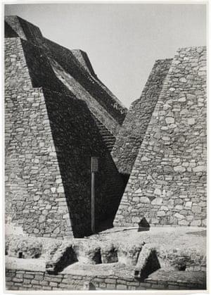 Untitled (Tenayuca, Mexico), 1937.