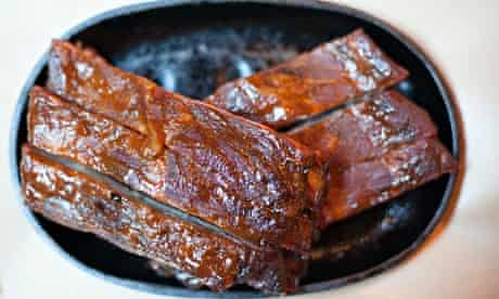 St Louis ribs at Big Easy on an oval cast-iron plate
