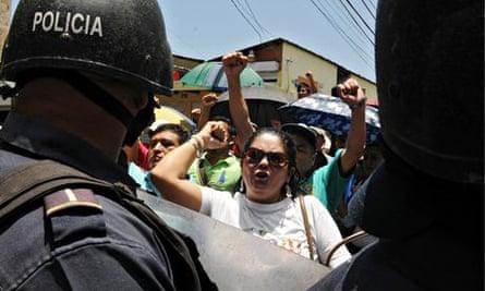 HONDURAS-PEASANTS-ARREST