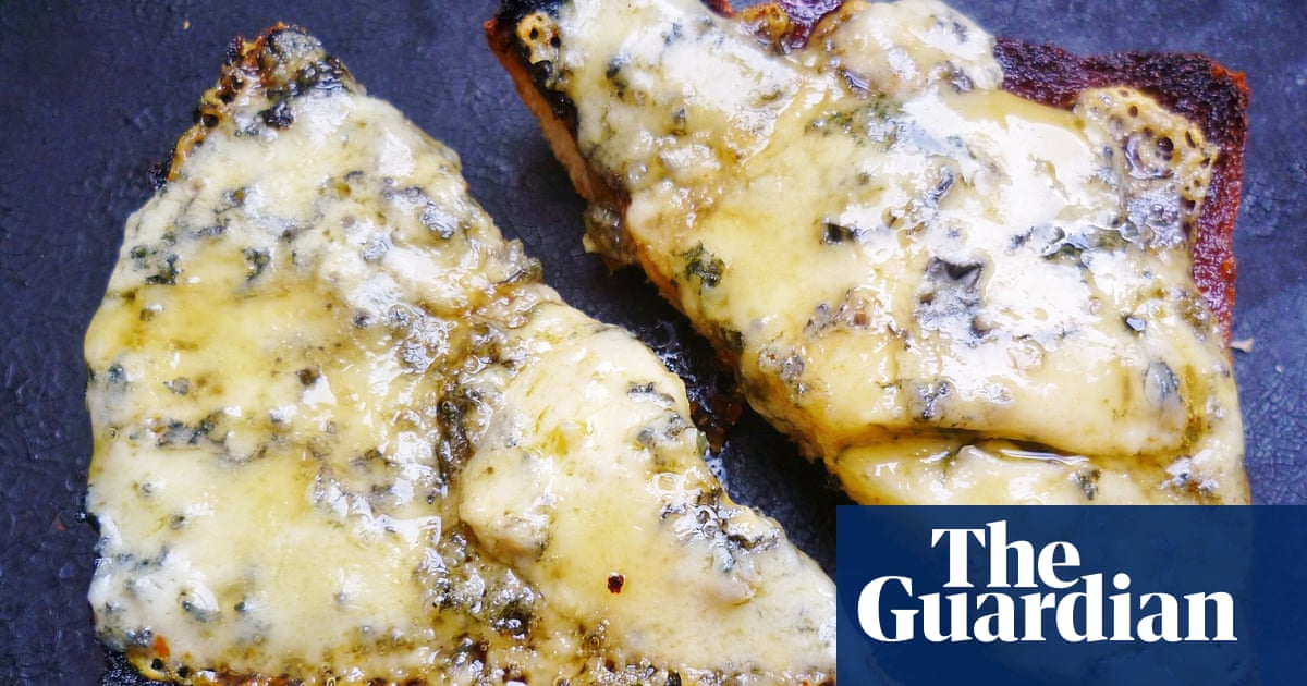 13 Recipe Ideas For Leftover Blue Cheese Life And Style