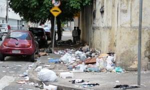 Sao Paulo: trash