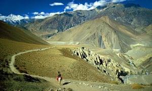 MOUNTAIN CHAIN OF ANNAPURNAS, NEPAL