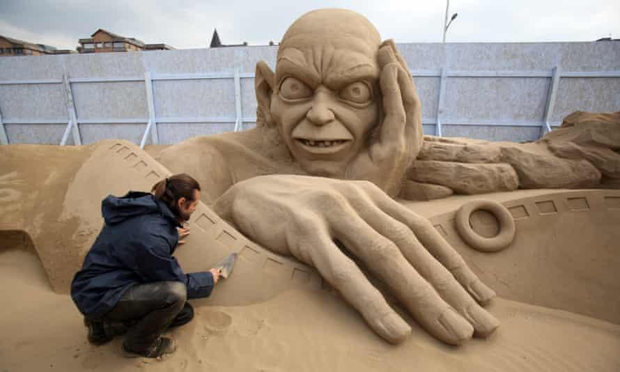 Gollum sand sculpture