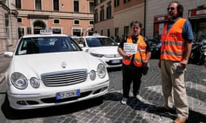 Italian taxi drivers protest against the growing number of minicabs
