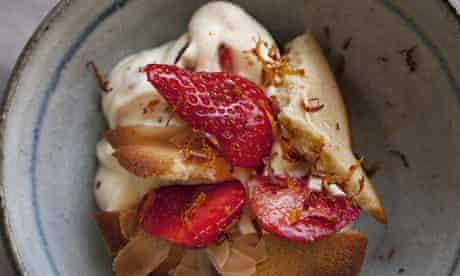 Strawberries with saffron cream