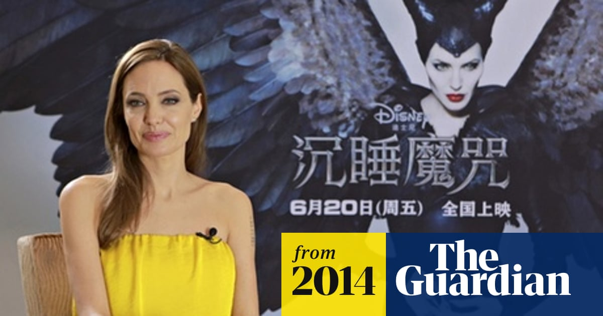Angelina Jolie Angers Chinese Nationalists With Taiwan