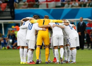 England versus Italy: England huddle before kick-off