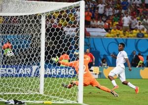 England versus Italy: Sturridge scores