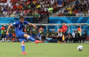 England versus Italy: Marchisio shoots