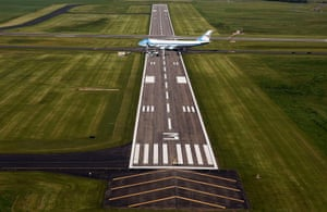 North Dakota, US: Air Force One is seen from the air at Bismarck airport.