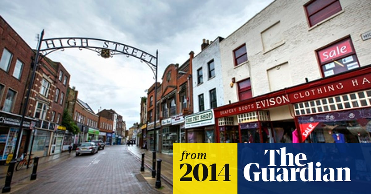 Fear And Anger In Once Wealthy Town Divided By Insecurity