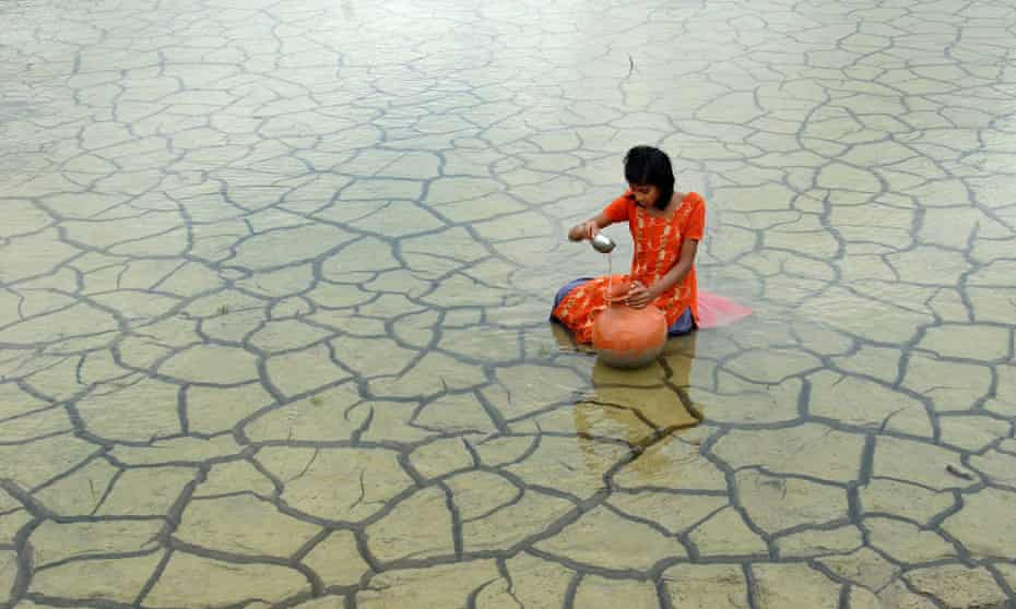 One of the Atkins CIWEM Environmental Photographer of the Year 2014 entries : Rainwater collection, 2012, by Prasanta Biswas (India)