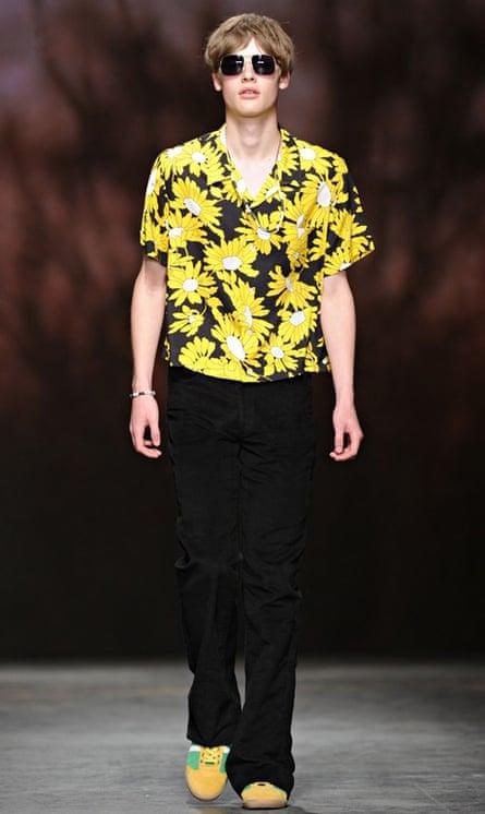 bootcut jeans: TOPMAN Design: Runway -  London Collections: Men SS15