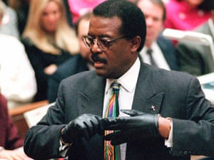 johnnie cochran oj simpson gloves murder trial