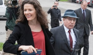 Paul Simon and wife Edie Brickell will not be charged with