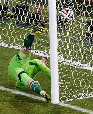 Akinfeevs howlers: South Korea's Lee Keun-ho scores a goal