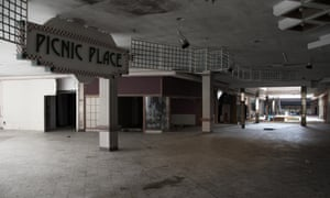 The Death Of The American Mall Cities The Guardian - Shopping malls america changed since 1989