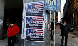 """Posters read """"Enough vultures, Argentina united for a national cause"""", in Buenos Aires."""