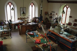How to make a leather bag: Pembrokeshire Leatherwork Workshop