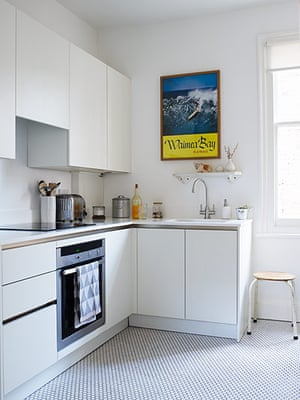 Homes - Keep it Simple: interior of kitchen