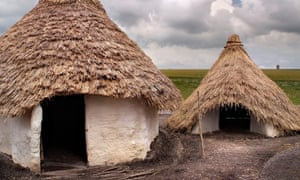 Neolithic houses at Stoneheng